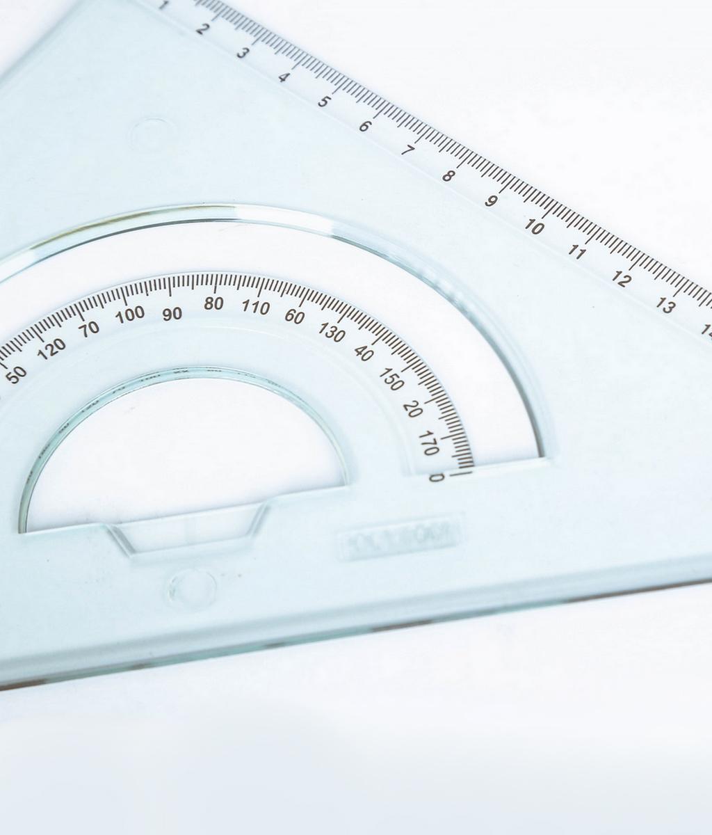 Équerre 45° – hypoténuse 30cm E 30/45