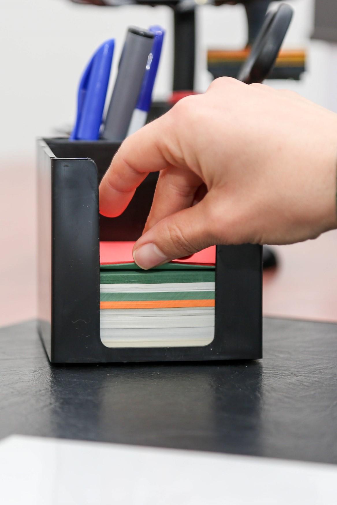 Cube papier et stylo CPS